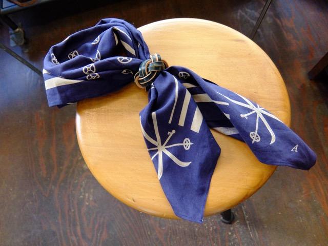 あわじ結びの革のスカーフリングのイメージ3